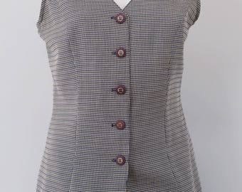 SALE* Vintage vest with gingham pattern and decorative back 1980s