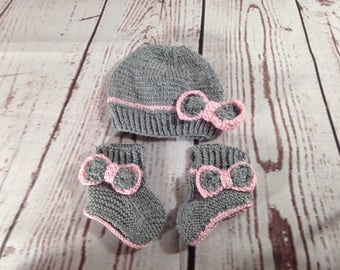Baby Set - Knitted Baby Booties - Baby Hat - Baby Booties - Baby Shower - Baby Girl Set - Knitted Hat - Matching Set - Baby Girl Booties