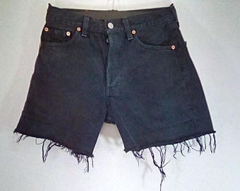 """Vintage 80s Levi 501 cut off shorts in navy size small waist 28"""""""