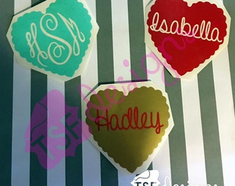 Scalloped Circle with Name/Monogram decal