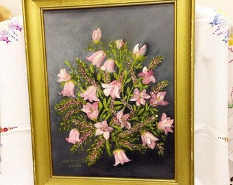A beautiful framed floral oil painting