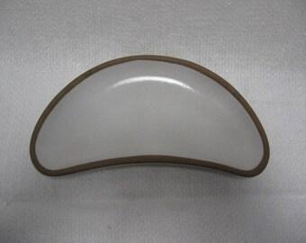 Heath ceramics kidney shape dish #307,Rim Line, Edith Heath, Sausalito California pottery,Heath salad plate, white glazed dish