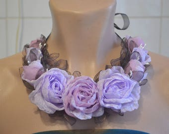 Necklace .  Necklace with flowers .  Necklace with roses .  Textile necklace .  Decoration on the neck.