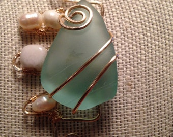 Wire wrapped glass