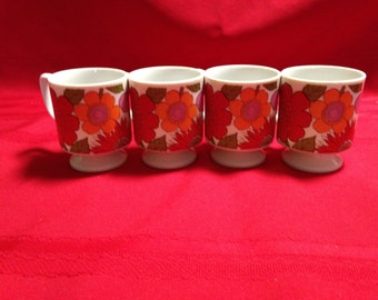 4 Retro, Mod Flower Power Stackable Pedestal Mugs/Cups, Red, Orange and Pink Flowers Made in Japan