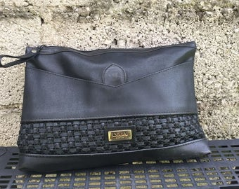 Bag Vintage/ 90s/ bag/ Black color/ model portfolio/ eco leather/ lined/ interior zip/ Made in Italy