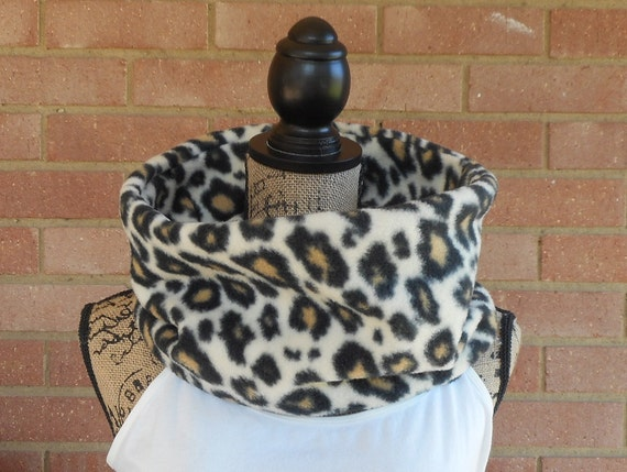 My Secret Pocket Cheetah Print Gaiter