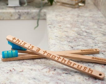 Ambar Ruiz's - This is a Toothbrush