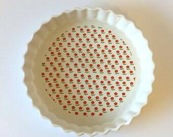 Red Crimson Flower Pie Dish