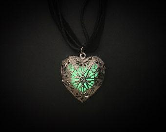 Green Glow In The Dark Heart Locket | Glow Heart Locket Necklace | Black Heart Jewelry Glow Necklace | Glow In The Dark Necklace Glow Lock