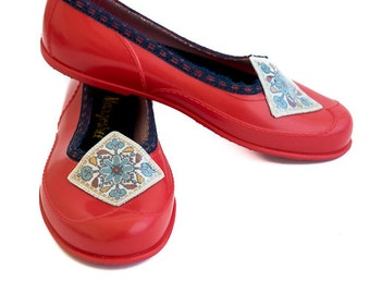 Women Shoes, Red Shoes, Barefoot Shoes, Red Flats, Embroidery Shoes, Handmade Shoes, Stylish Shoes, Shoes Accessories, Women Flats
