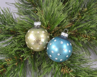 Vintage Frosted Shiny Brite Christmas Ornaments With Flocked Dots Glass Globe Ornaments