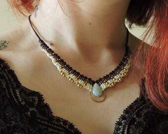 Lya / Collier macramé / Macrame necklace / micro macrame