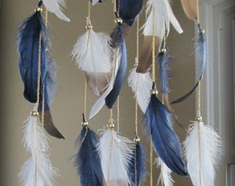 Navy Blue Gold Baby Mobile, Dream catcher Mobile, Boho Feather Mobile, Nursery Mobile, Woodland Mobile, Native American Style, Attrape reve