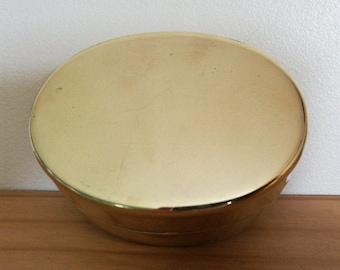 A Very Nice Vintage Oval Brass Tin. Vintage Brass Oval Tin, Tinned Inside, Good Tight Fitting Lid. Lidded Brass Tin. Oval Brass Trinket Pot