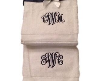College Dorm Bedding,College Graduation,Monogrammed bath towel,monogrammed towels,Back To School,embroidered towels,monogram bath towels