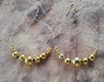 Beaded/handmade/simple/stylish/metal/modern/fashion/small/ dance/prom/trendy/ light/hoop/ earrings light/fashion/stylish/modern/jewellery