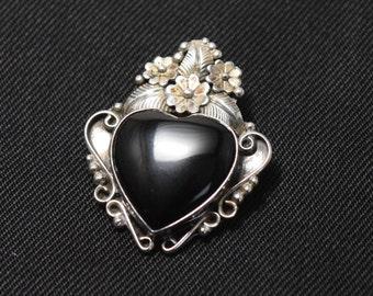 Manygoats Navajo Sterling Silver Onyx Heart Pendant