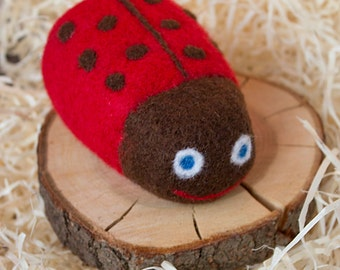 Ladybug, red felted toy, Waldorf kids and babies Toy, Thanksgiving, Christmas, Birthday Gift, home decoration, nursery decor, eco toy