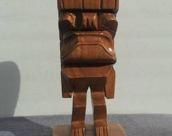 Large Vintage Hand Carved KuStatue - Monkey Pod Wood - By Alii Woods