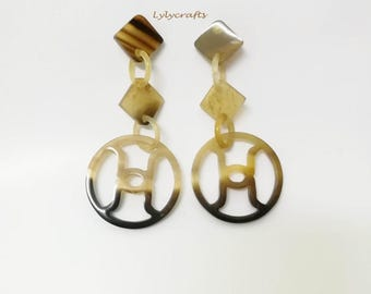 Elegant buffalo horn earrings, Natural organic horn, Dangling item = 40mm in diameter  [EA-029]