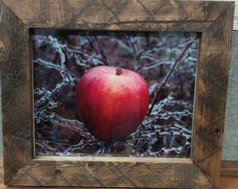 Pallet Wood Picture Frame, Hand Made Picture Frame, Rustic Picture Frame, Wood Frame, Custom Picture Frame
