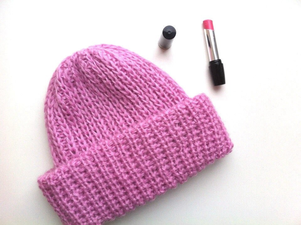 Knitting Pattern For Mohair Hat : Knitted mohair hat Pink knitted angora slouchy hat Knitting