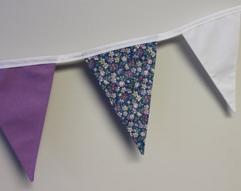 Pennants - sweet flowers Garland