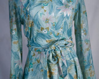 1970's floral day dress