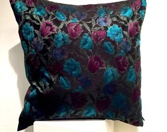 XXL pillow - blue roses
