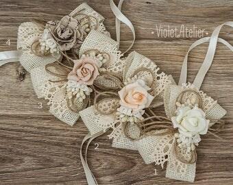 2 Burlap Bridesmaids Wrist Corsages, Vintage Rose Corsages, Bridesmaids Bracelets, Mother of the Bride Rustic Wedding Burlap Lace Corsages