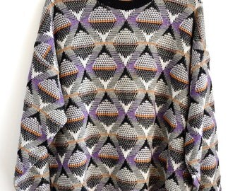 Vintage 80s Abstract Diamond Pattern Gray Knit Sweater