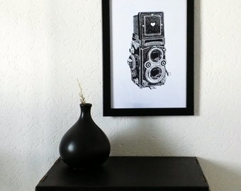 """Printed poster """"Camera Love, wall decoration. Illustrated and created by pretty Mess"""