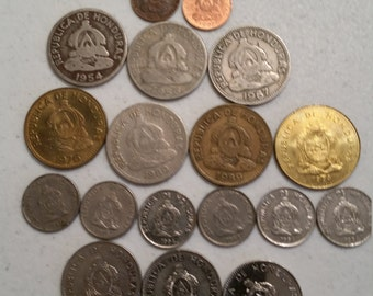 18 honduras vintage coins 1954 - 1994 coin lot centavos - world foreign collector money numismatic a36