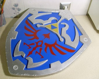 Custom made - Legend of Zelda - Hylian Shield/ Link shield