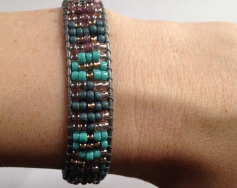 Turquoise and Silver Beaded Leather Bracelet, Bohemian Leather Bracelet, Turquoise and Silver Gray Single Wrap Bracelet