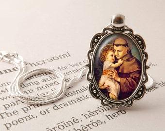 St Anthony Pendant Necklace -  Saint Anthony of Padua Jewelry, Catholic Saint Necklace, Patron Saint Gift, Vintage Saint Anthony Jewellery