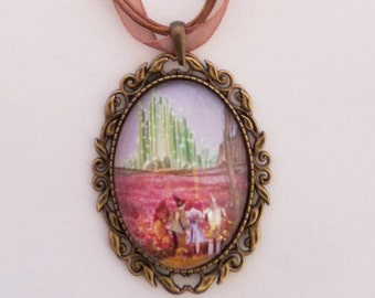 Dorothy - The Perilous Poppies necklace