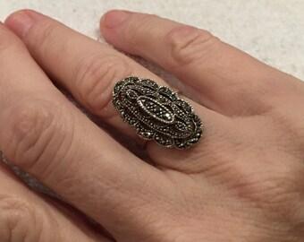 Stunning Vintage Sterling SILVER Art Deco Design Ring-Lovely ELONGATED Stepped Design-Beautiful MARCASITES-Uk Size L-Us 5 1/2 - 4.77 grams