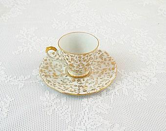 Antique Gold Demitasse Cup 1950s, 18ct Gold Leaf Pattern on Cream Porcelain Bavarian Vintage Victorian Demitasse Cup and Saucer