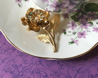 Beautiful Gold Tone Flower Brooch with Aurora Borealis and Faux Pearl