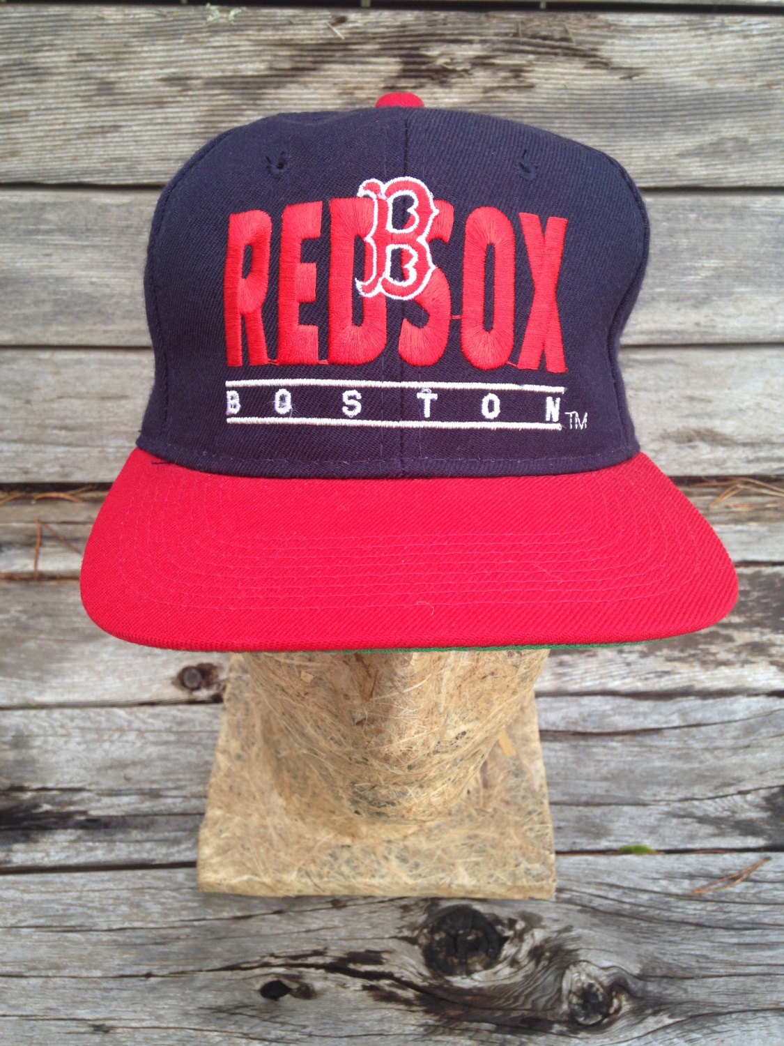 uk availability 6abaf d2d1d ... italy vintage deadstock 90s boston red sox snapback hat one size nwot  32c91 8be5c