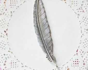 Large Detailed Silver Tone Feather Pendant Charm