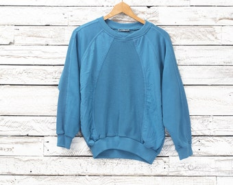 Vintage sweatshirt / Vintage crewneck / Vintage sweater / Small sweater / Light blue / 90's