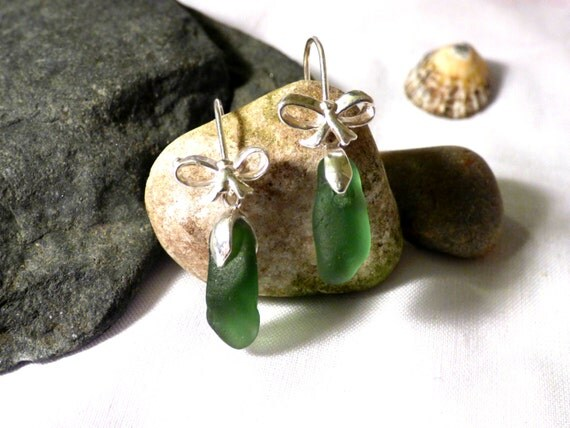 Green Sea Glass Drop Earrings with Sterling Silver Bow Detail - gift dangle bows jade moss hippie formal wedding occasion beach - EE16008