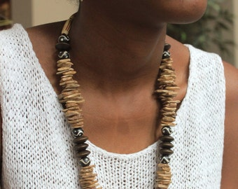 Beaded Jewelry Set / Brown