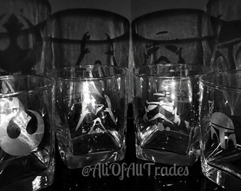 Set of 2 Personalized etched STAR WARS glasses