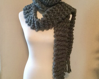 Chunky Knit Scarf with Fringe and Hat