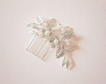 Bridal hair comb, Bridal Headpiece, Vintage hair comb, Flower hair comb, Rhinestone bridal hair comb, Bridal hair accessory