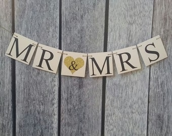 MR AND MRS banner, just married banner, wedding banner, wedding sign, wedding decoration, mr and mrs sign, wedding backdrop